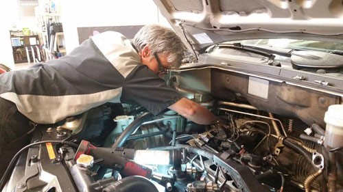 woman owned auto repair shop picture